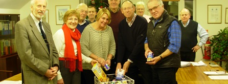 Councillors donating to Food Bank